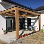 Drevený modern prístrešok s krytinou sklo 3